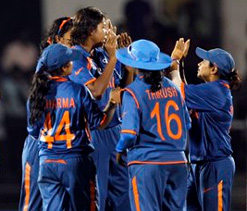 ICC Women's WC 2013: Mithali hits ton as Indian eves sign off on a winning note