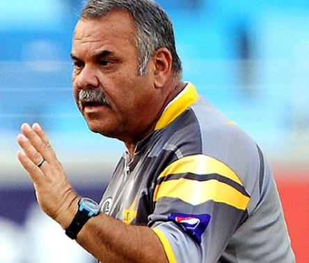 Hanif Mohammad urges Whatmore to learn Urdu