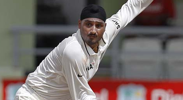 India vs Australia: Will Harbhajan Singh be dropped for the Mohali Test?