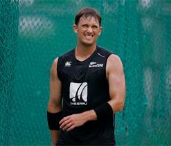 Shane Bond backs Oz decision to sack quartet