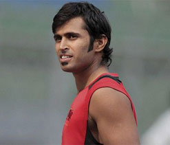 Abhishek Nayar equals world record with 17-ball over