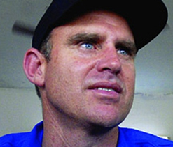 Hayden bats for Watson;Ponting, Hussey keep mum on team crisis