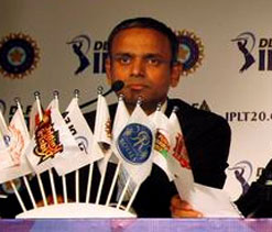 Commentary in regional language will benefit cricket: IPL CEO