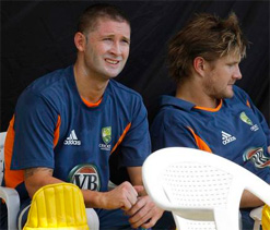 Clarke, Watson`s `frosty` cricketing marriage could jeopardize Oz cricket