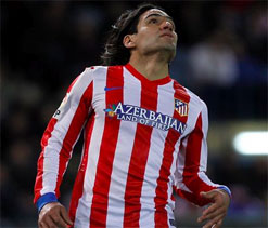 Atletico star striker Falcao eyes big money in England