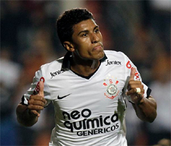 Injured Paulinho out of Brazil friendlies