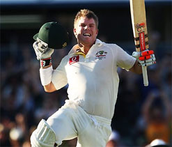 Warner puts his hand up for Test captaincy