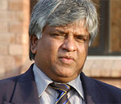 Ranatunga wants Lankan players to pull out of IPL
