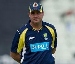 Australian coach talks tough with batsmen