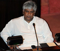 Ranatunga assures help in reviving cricket in Pakistan