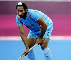 Hockey India congratulates Sardar Singh, Ritu Rani