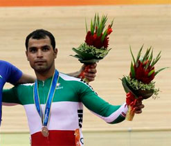 Iran cyclists get Indian visa at 11th hour