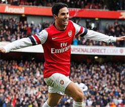 Arsenal 3-1 Norwich: Late comeback sees Gunners leapfrog Tottenham