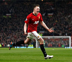 Phil Jones backs Manchester United to finish title race