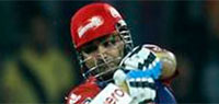 IPL 2013: Brilliant Sehwag powers Delhi to first win in IPL 6