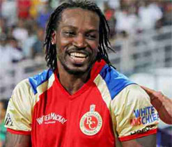 Modest Gayle showers praise on team after one-man show