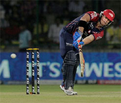 Umesh`s bowling would help India in the Champions Trophy: Warner