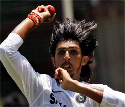 Does long hair stop you from bowling well? Sanga asks Ishant