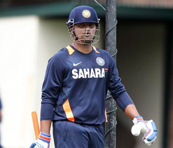 Raina can develop into a quality Test cricketer: Hussey