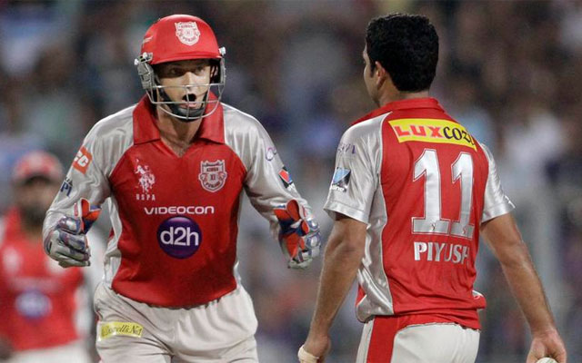 IPL 2013: KXIP crush Mumbai by 50 runs to sign off in style