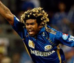 Lasith Malinga completes 100 wickets in IPL
