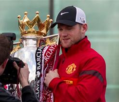 Moyes will decide Rooney`s future, says Ferguson