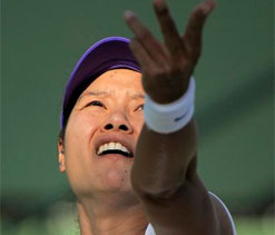 China`s Li Na enters Round 2 at Roland Garros
