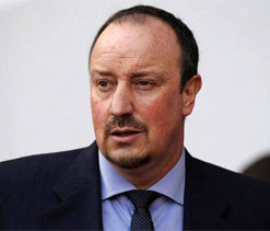 Benitez aims to end Chelsea reign with Europa League win