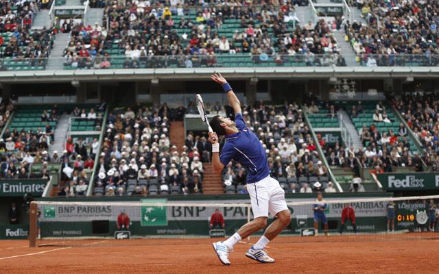 2013 French Open: Novak Djokovic beats Guido Pella to reach third round
