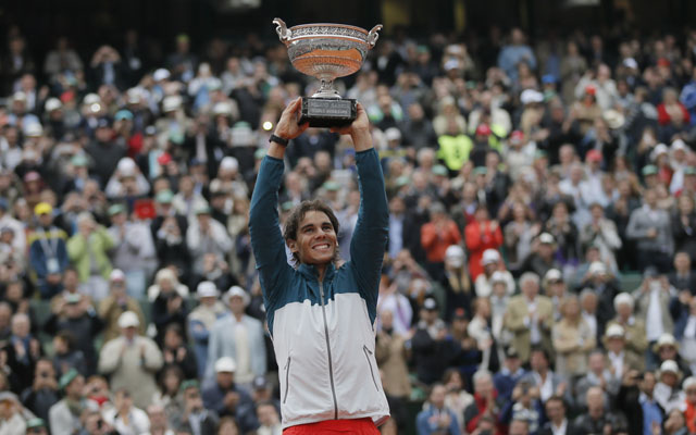 French Open 2013: Rafael Nadal defeats David Ferrer to win record eighth title