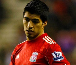 Brendan Rodgers fighting to keep Luis Suarez at Liverpool