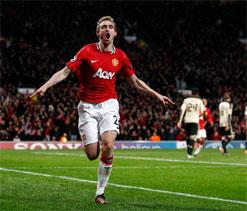 Manchester United`s Darren Fletcher to miss start of season