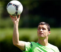 Mourinho says Real Madrid won`t release Ronaldo for Manchester United