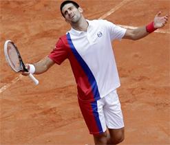 Djokovic says he would like to end Murray`s `fairytale` Wimbledon run