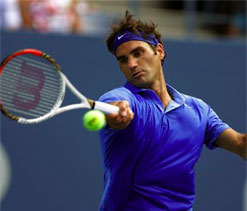 Federer and Serena cruise in New York, Errani cracks