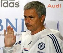 Mourinho slams Madrid `politics`