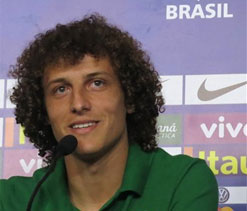 Jose Mourinho rules out possibility of Luiz`s Barcelona transfer