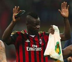 Balotelli apologises and says he was provoked