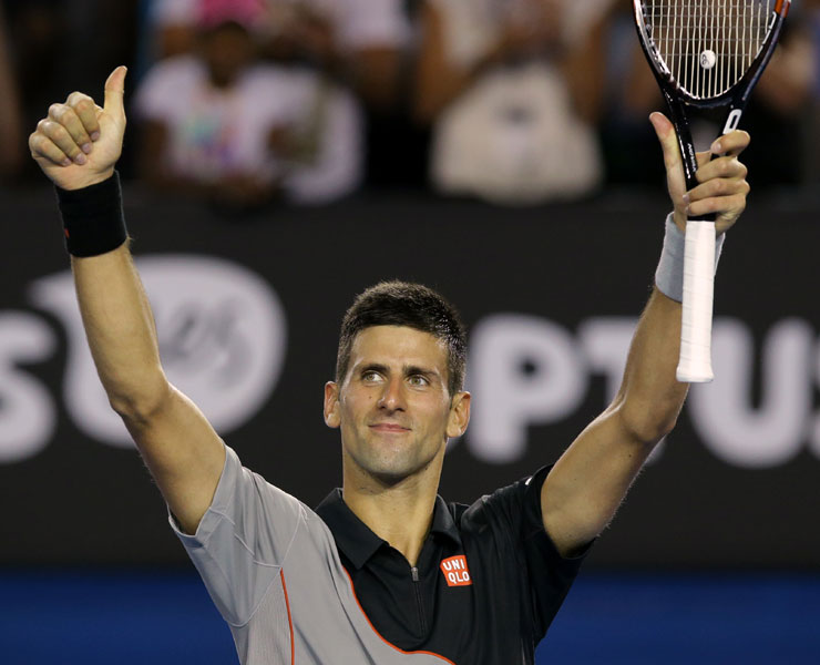 Australian Open 2014: Novak Djokovic eyes history as others face the heat