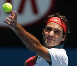 Australian Open: Federer revival underway as Sharapova struggles