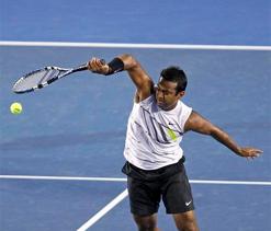Australian Open: Paes advances in mixed, men`s doubles; Bopanna-Qureshi knocked out