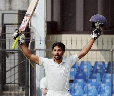 Maharashtra`s Sangram Atitkar almost bats Bengal out of Ranji semi-final