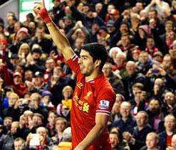 Luis Suarez puts Liverpool back on track