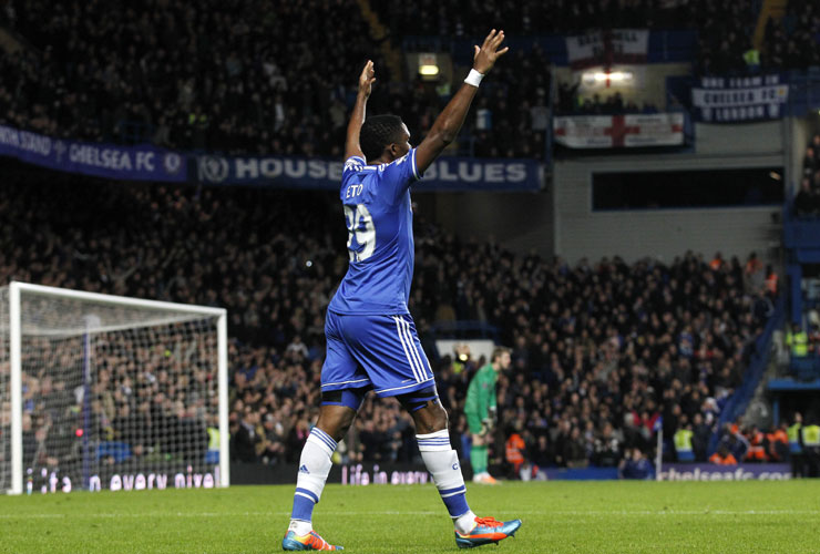 Premier League: Chelsea end Manchester United`s title hopes with 3-1 win
