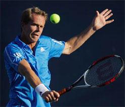 Federer calls on Edberg for Murray advice