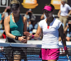 China`s Li moves one win from second Slam title