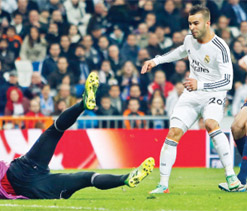 Jese strike sees Real Madrid into Cup semis
