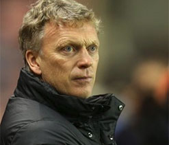 We are playing against the officials, says Moyes