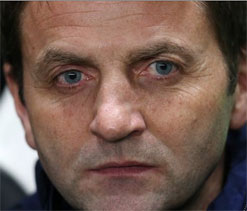 Defeat will harm Champions League hopes, says Sherwood