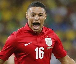 Ox sends Arsenal top, Liverpool lose ground